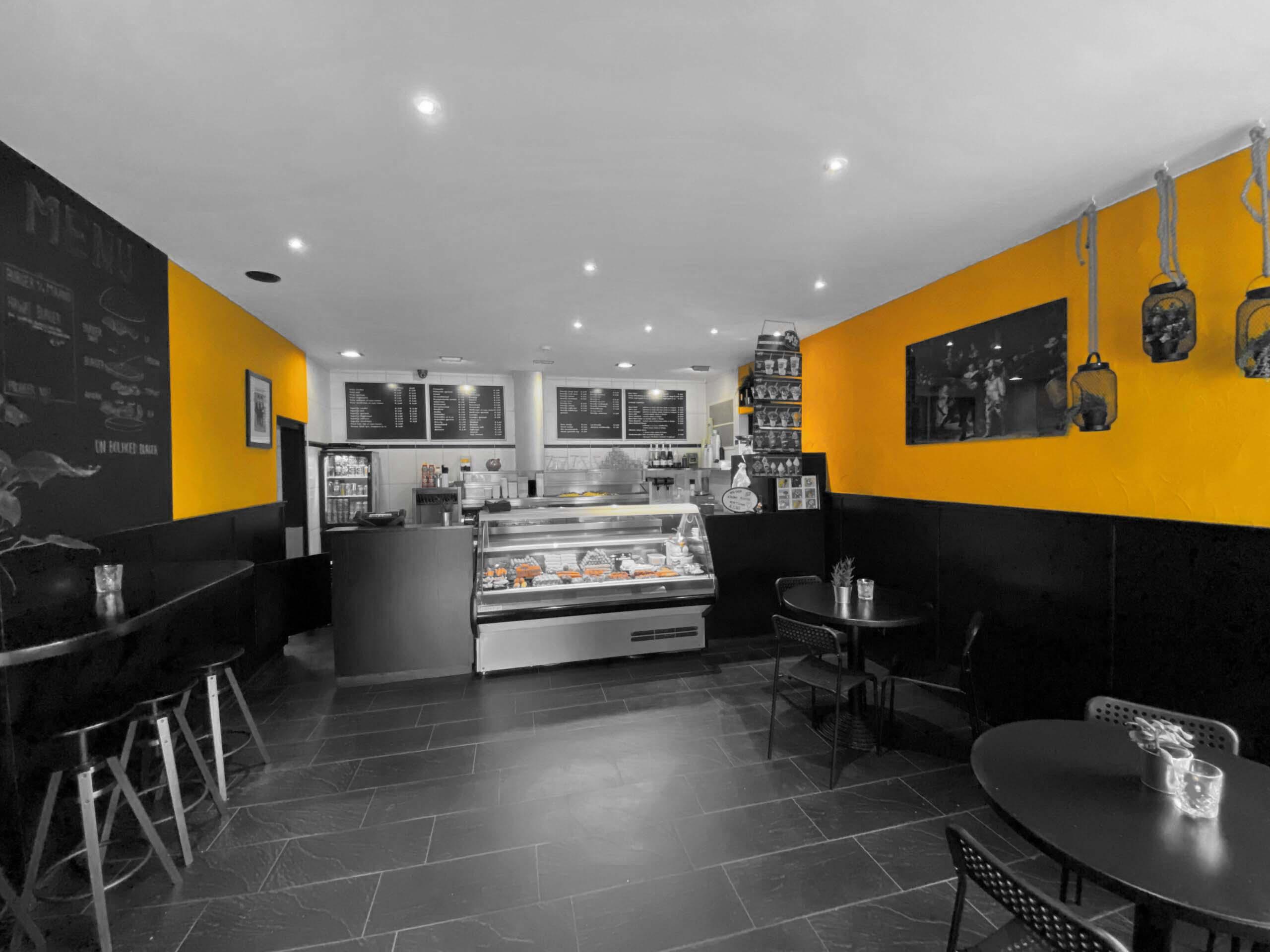 Cafetaria Brut Interieur
